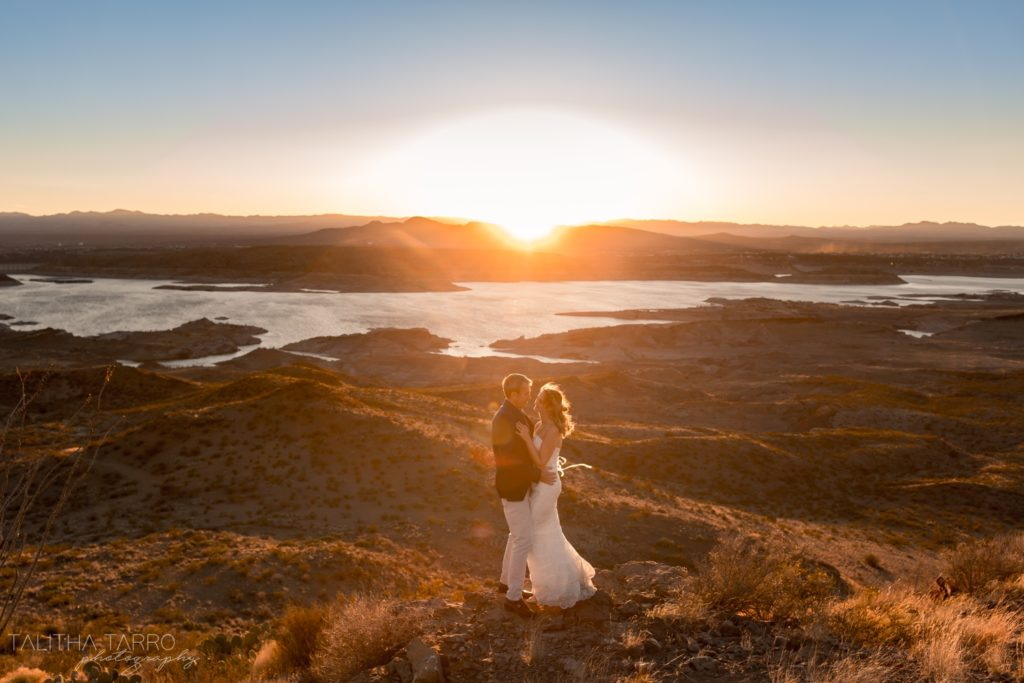 wedding couple overlooking elephant butte lake